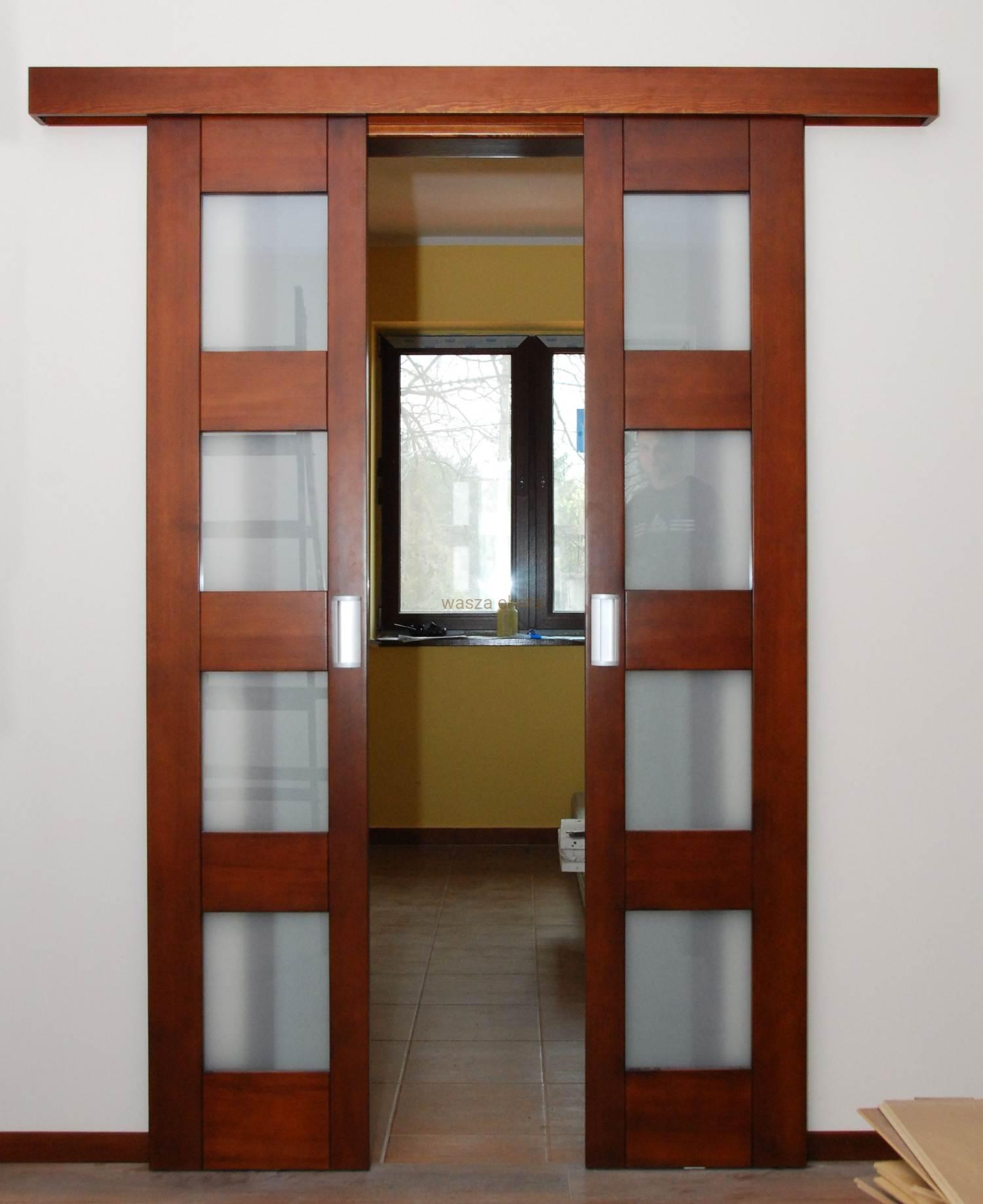 Drzwi przesuwne dwuskrzydłowe wewnętrzne